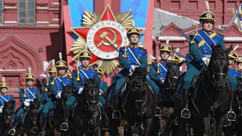 Russia parata_vittoria_russia_ansa__3_