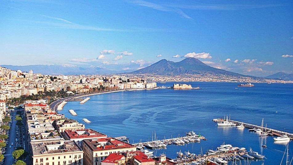 Napoli città borderlyne per il Sun