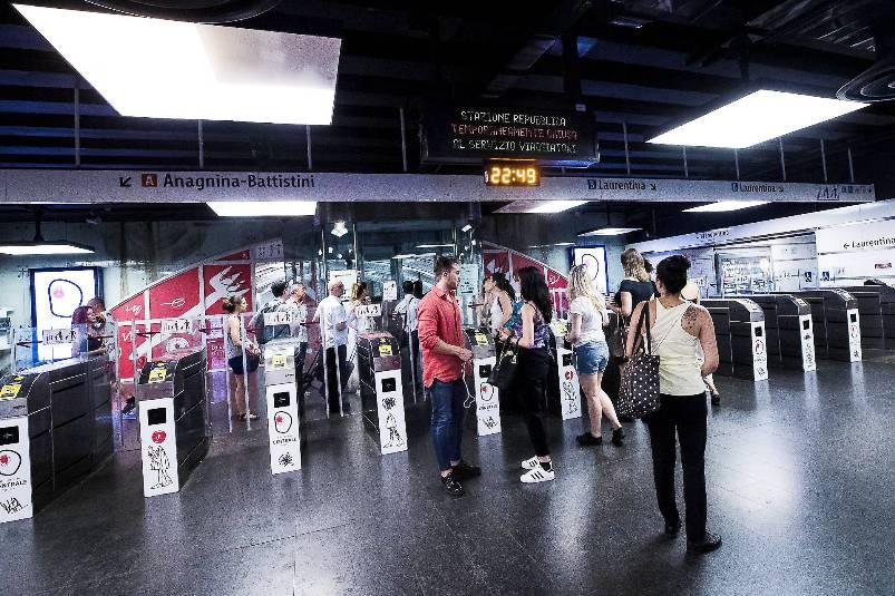 Incidente in metro a Roma (Fonte: gazzettadiparma.it)