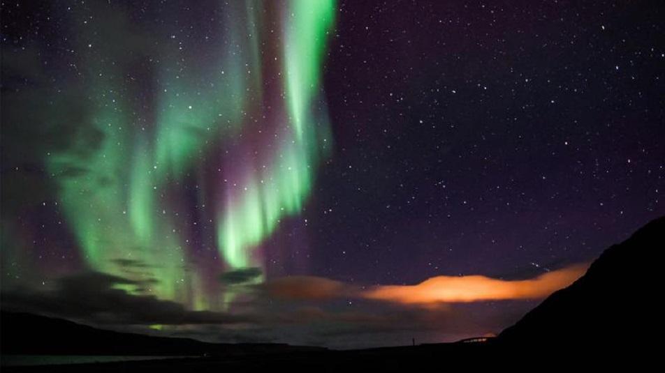 Aurora Boreale: è grazie al Sole che esiste, ecco come funziona