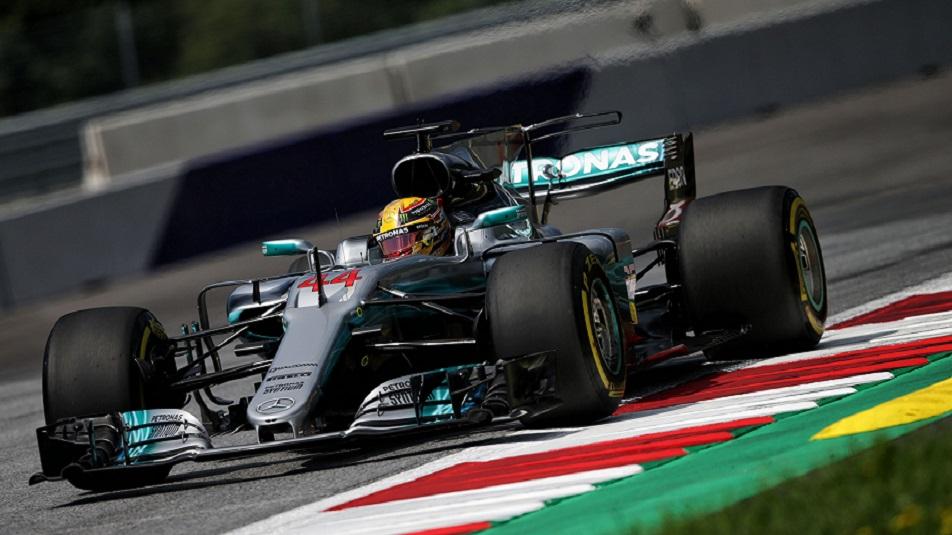 Lewis Hamilton sarà arretrato di 5 posizioni in griglia in Austria