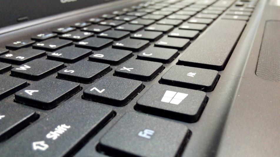 aggiornamento di ottobre di Windows 10 Microsoft sfida i Chromebook con i nuovi notebook con Windows 10