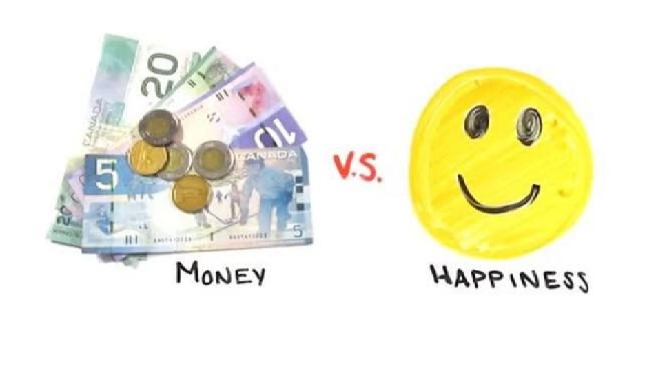 In realtà, la felicità si può comprare: ce lo spiega il filosofo e neuroscienziato Sam Harris.