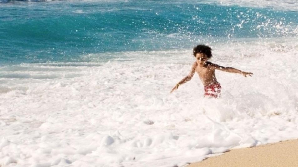 Mare: bisogna attendere veramente un'ora prima di buttarsi in acqua?