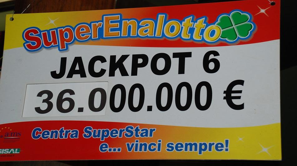 Tassa della fortuna sui giochi: dal 1°ottobre l'aumento