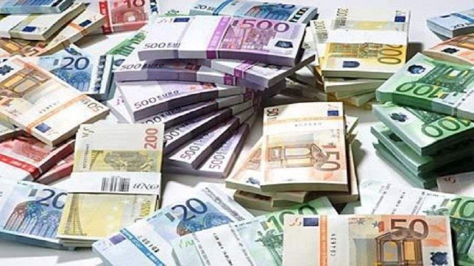 Banconote false o contraffatte Le imprese italiane versano al fisco 101,1 miliardi l'anno
