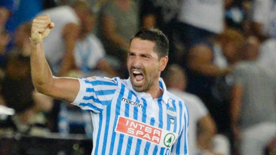 Borriello sfida Pavoletti in Spal-Cagliari