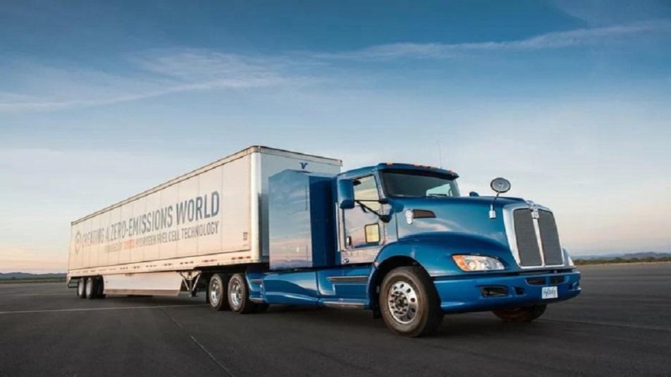 Toyota: primi trasporti merci con camion ad idrogeno