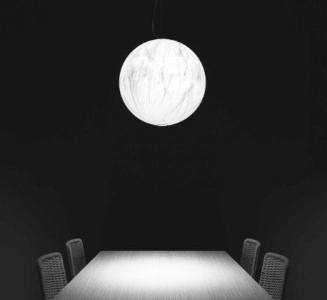 Viaggiando tra luce e ombra con Davide Groppi