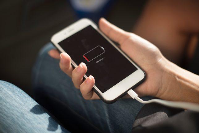 Batteria dello smartphone a terra? Ecco come farla durare di più