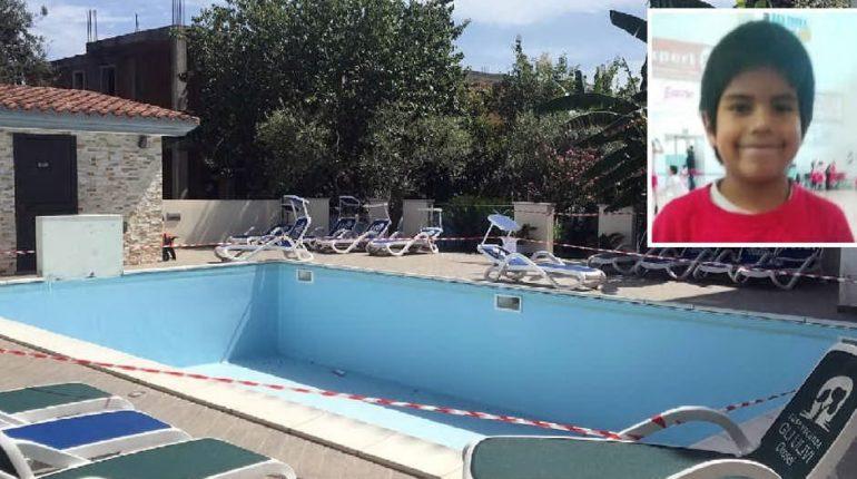 Nuoro, bimbo morto in piscina: genitori indagati