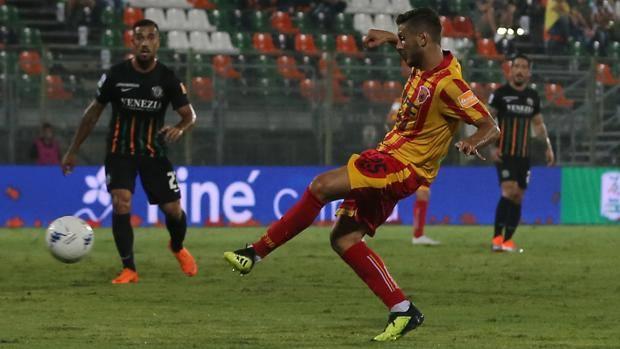 Riparte la Serie B con l'anticipo Venezia