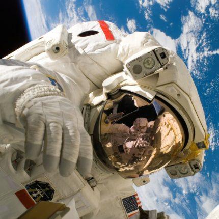 Fallisce il lancio della Soyuz ma l'equipaggio è salvo