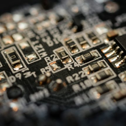 STMicroelectonics lancia buy back