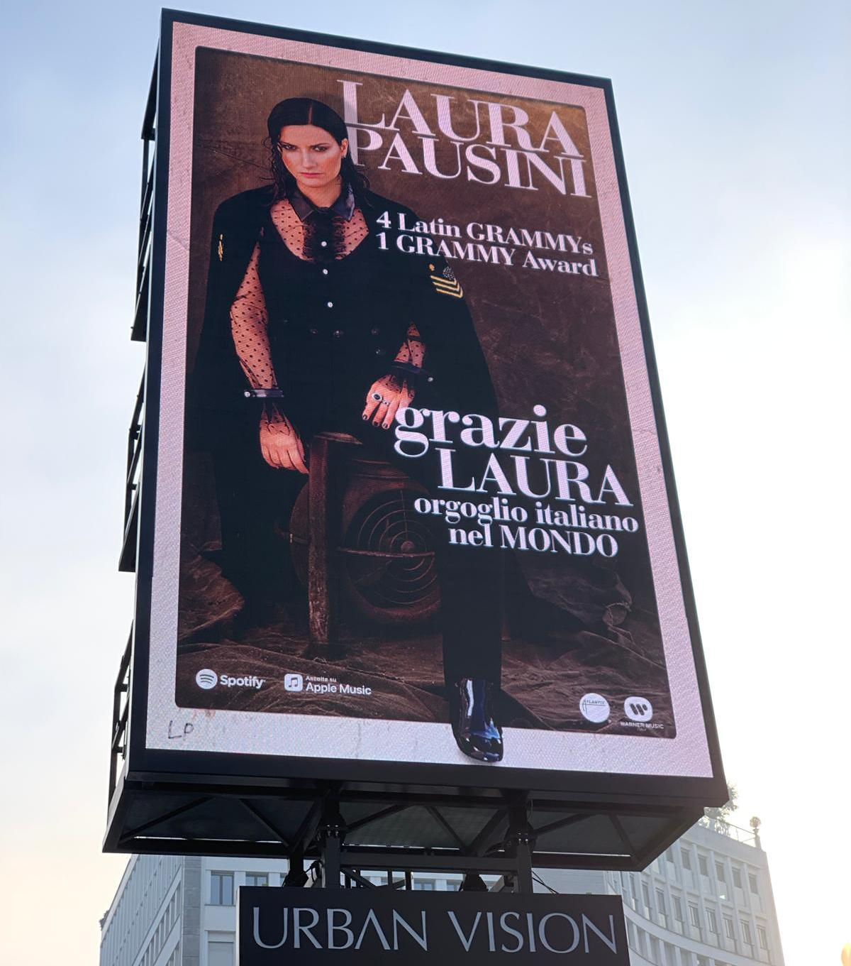 Milano celebra Laura Pausini