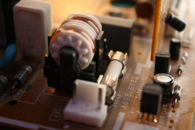 realizzato il primo dispositivo con super conduttori per i dispositivi