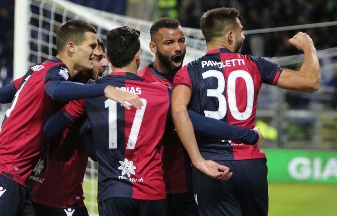 Cagliari - Genoa Gol di Farias e isolani in paradiso
