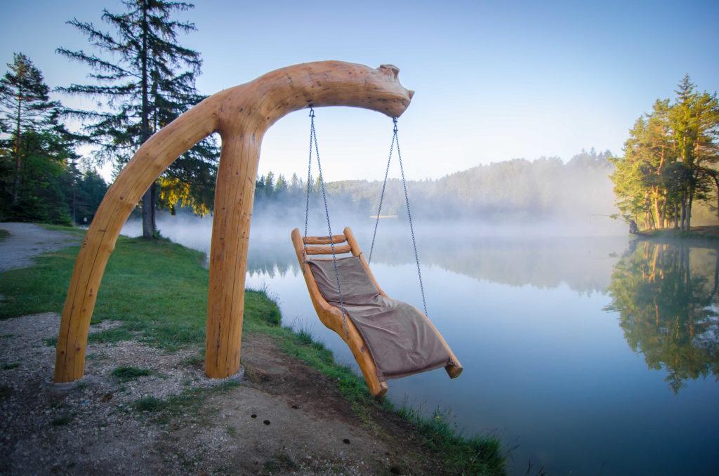 Fuga d'amore a San Valentino in Slovenia, Hija Glamping Lake Bloke