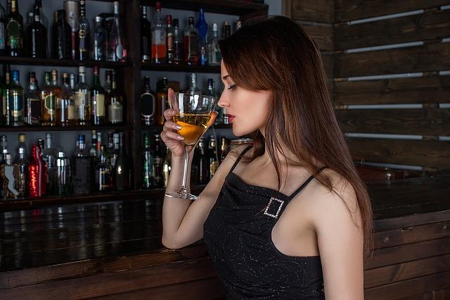 ibuprofene e alcool
