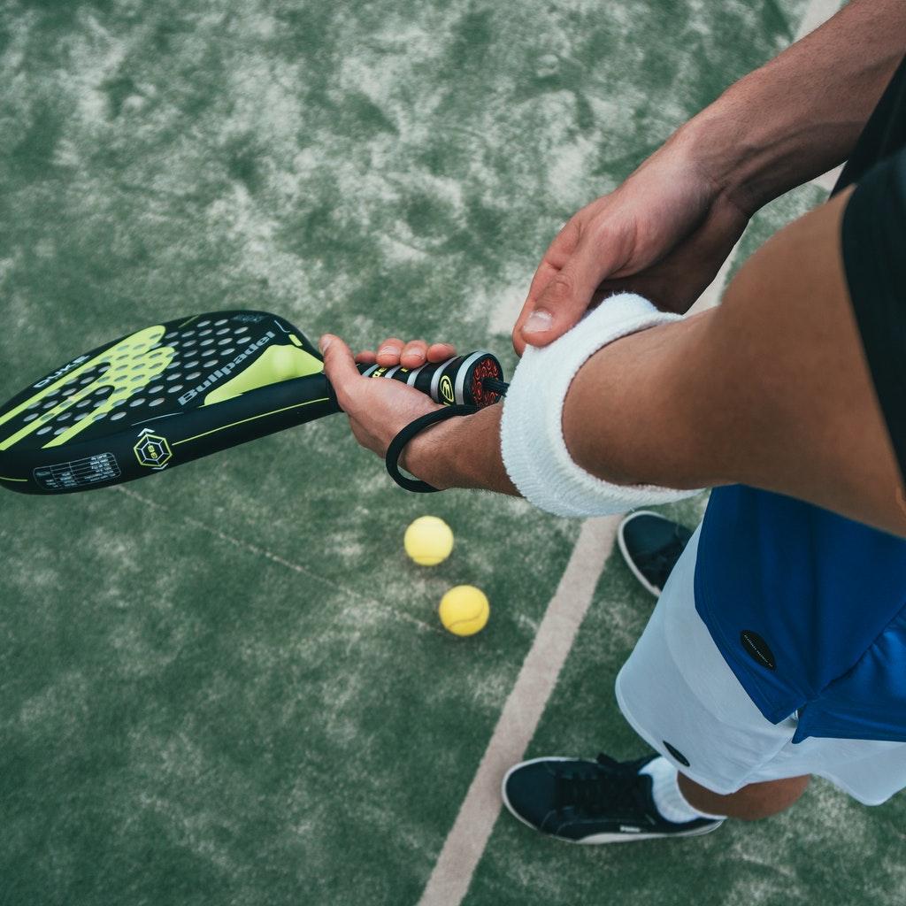 Salute: Gomito del tennista