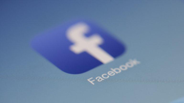 Fake news, Facebook chiude 23 pagine