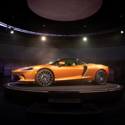 McLaren GT si prepara al Grand Tour estivo Europeo