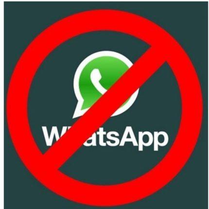 divieto Whatsapp