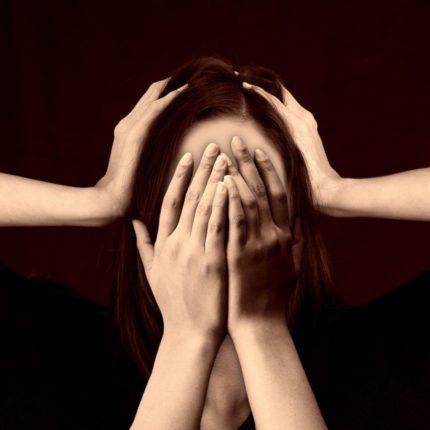 emicrania problema al femminile