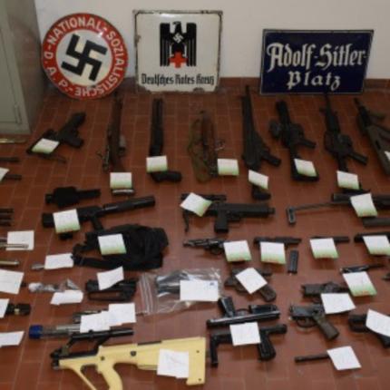 La Digos sequestra arsenale ad estremisti di destra