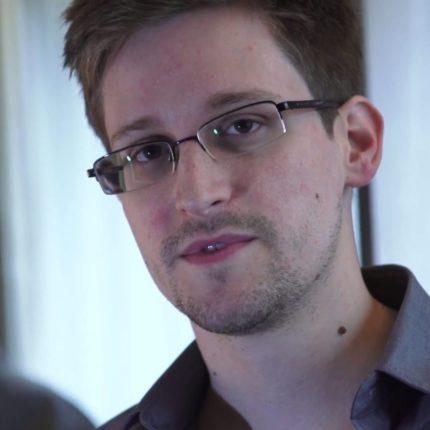 Autobiografia di Snowden in uscita
