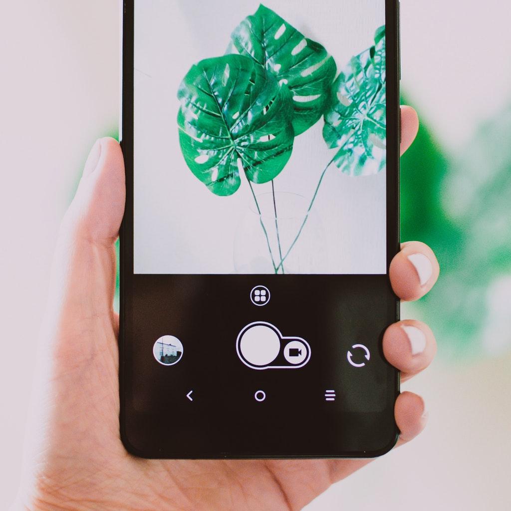 Arriva lo smartphone etico