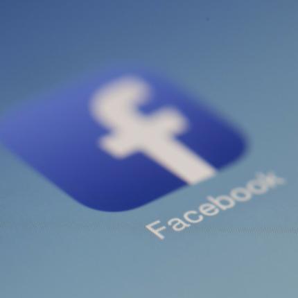 Facebook mette a rischio milioni