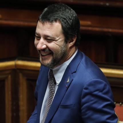 Salvini sfida Pd-M5S alle regionali