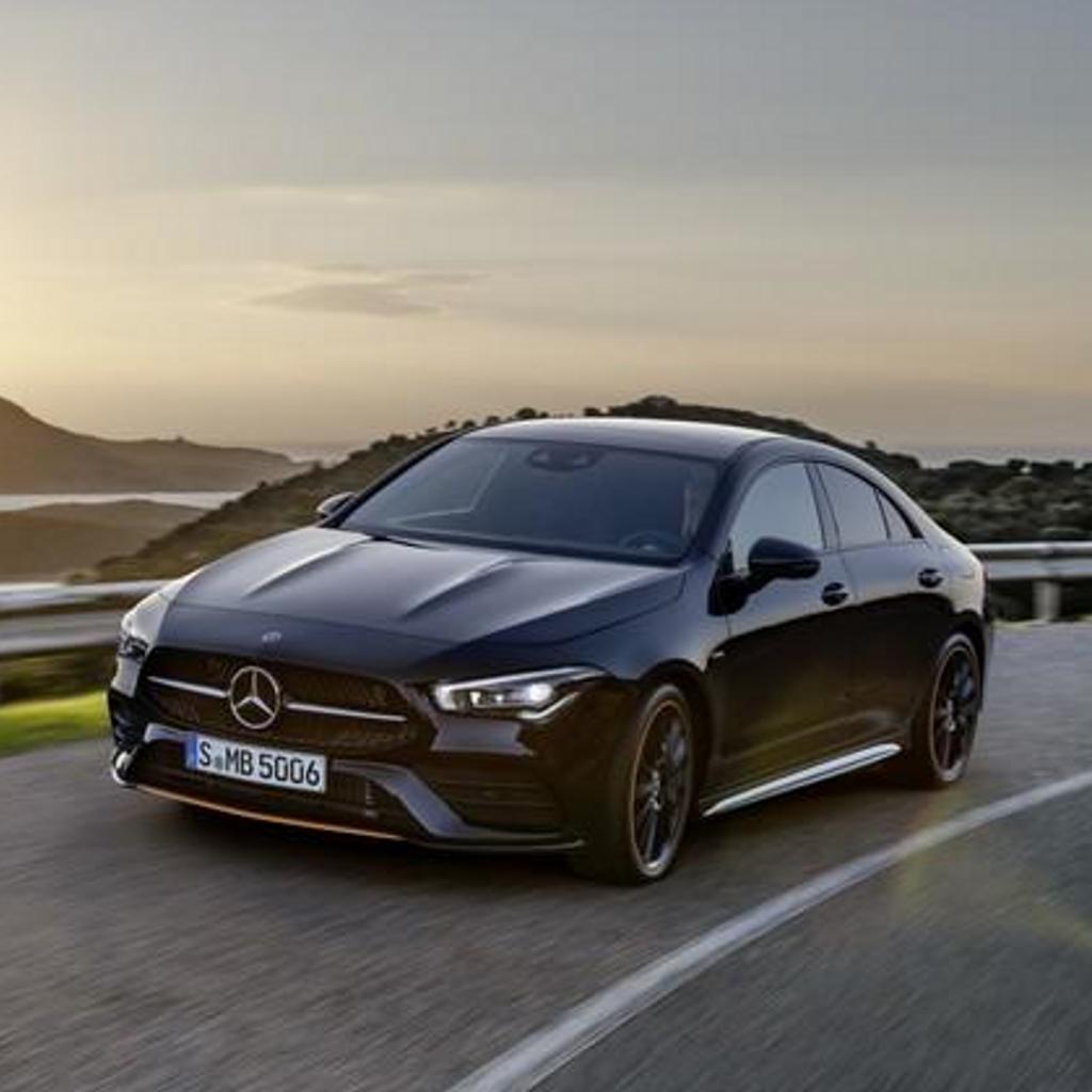 Mercedes, punta su tecnologia elettrica nei prossimi anni
