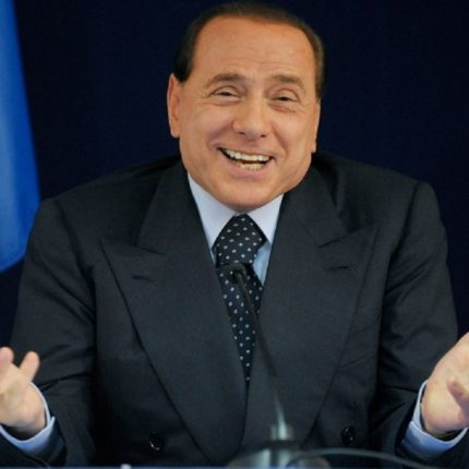 """Silvio Berlusconi ha """"legittimato i fascisti""""?"""