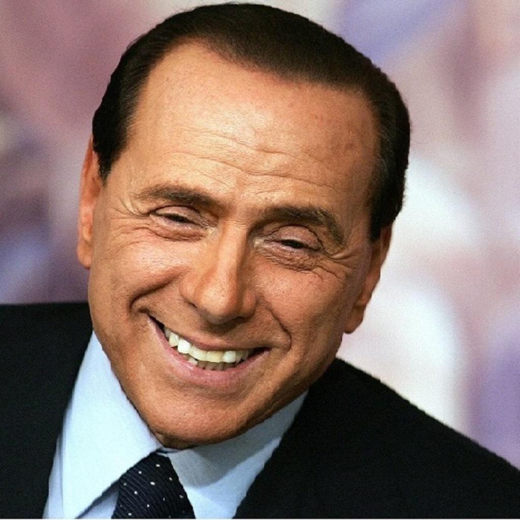 Berlusconi auspica un governo di centrodestra