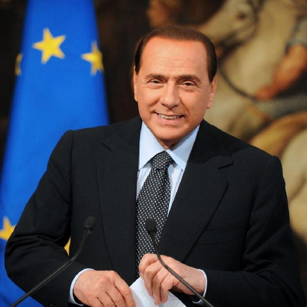 """Berlusconi lancia """"Altra Italia"""""""