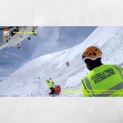 Tecnico di Soccorso Alpino: il bando della GdF per 33 allievi finanzieri. E' uscito sulla Gazzetta Ufficiale il bando per titolo di esami