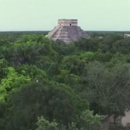 Scoperto in Messico un nuovo palazzo Maya foto