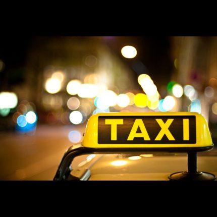 tassista è stato picchiato