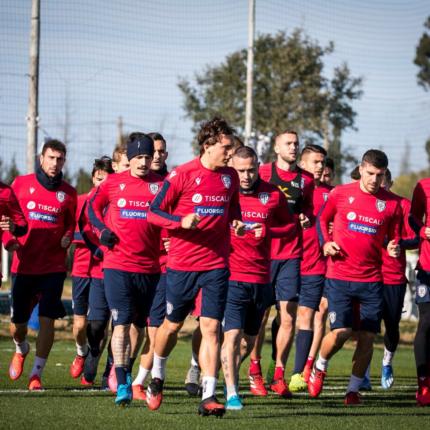 Il ritiro del Cagliari è la soluzione ai problemi?