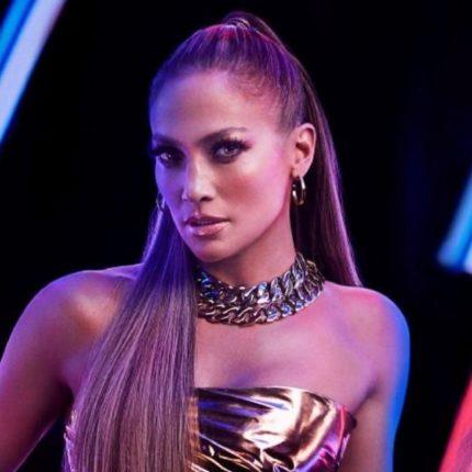 Jennifer Lopez invitata ufficialmente a Fallo foto