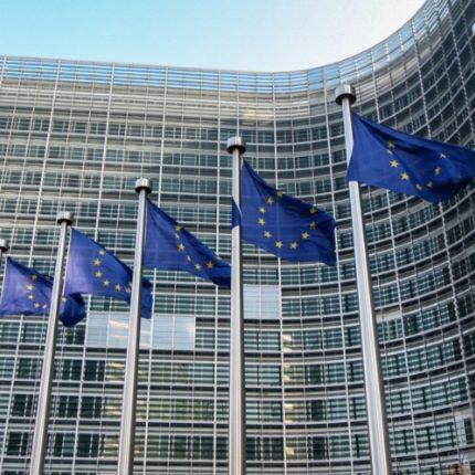 Parlamento europeo accorcerà la plenaria