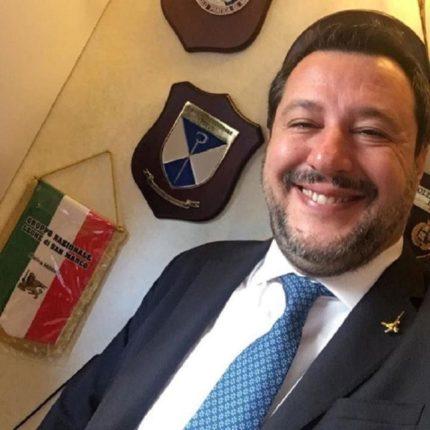 Salvini preoccupato per il pagamento delle tasse
