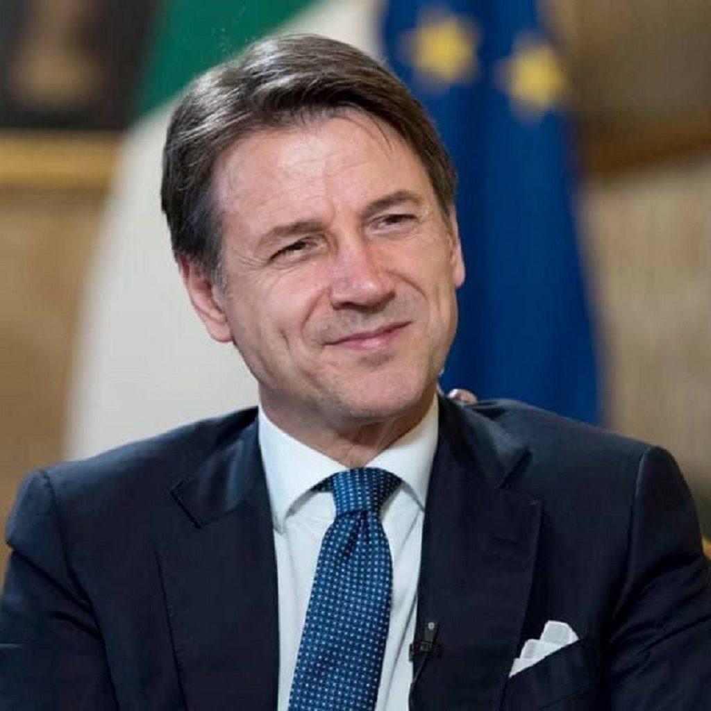Conte esorta l'Italia a essere unita