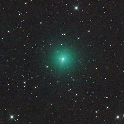 Cometa visibile a occhio nudo foto