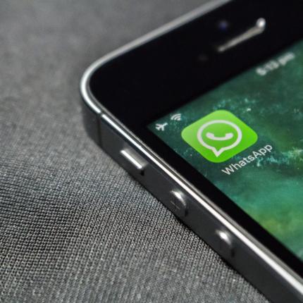 Su WhatsApp limite di condivisione video