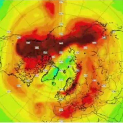 Un buco dell'ozono nell'Artico foto