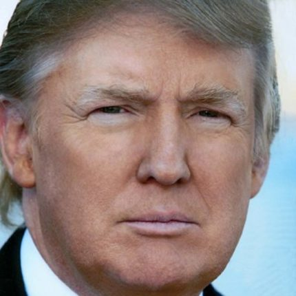 Trump vuole bloccare l'immigrazione foto