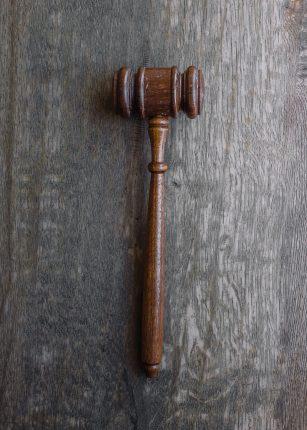Gli avvocati scrivono a Conte